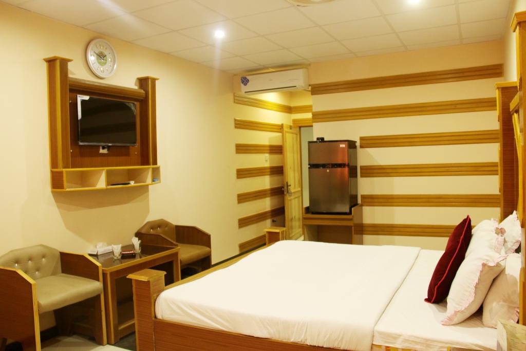 Hotel Crown Hyderabad