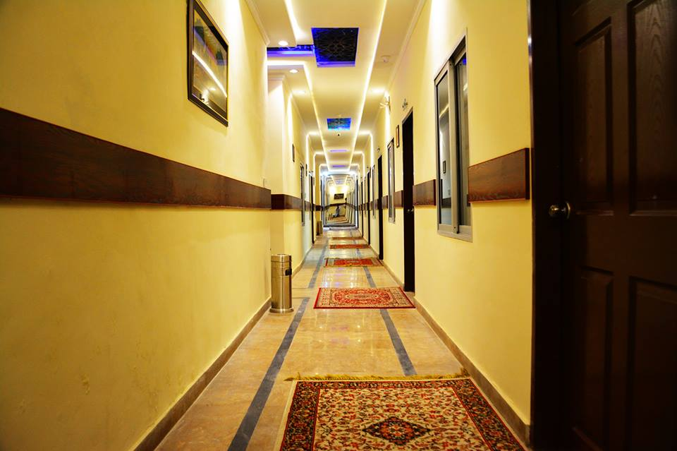 Rose Palace Hotel