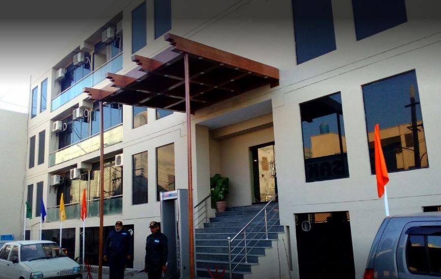 Bling Hotel International