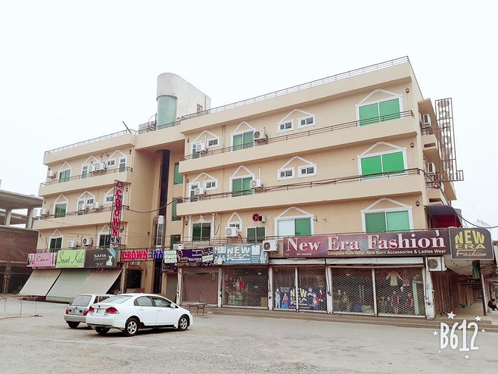 Crown Inn Hotel Multan